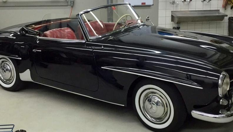 Mercedes 190 SL schwarz/rot BJ 1959